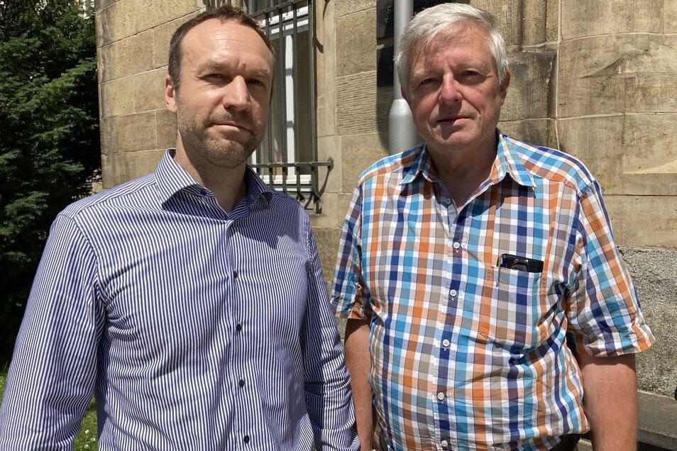 Investor Tino Schumacher (l.) und Günter Nentwig, Vorsitzender der Privilegierten Schützengesellschaft Löbau, vor dem Landgericht Bautzen.