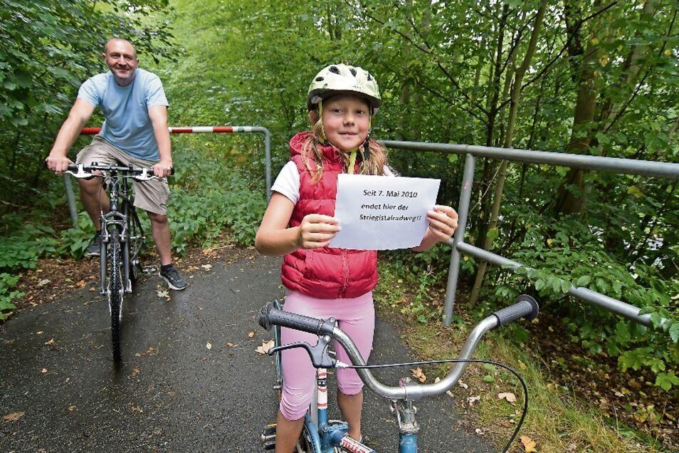 Michael und Luise Kühne aus Roßwein erwarten sehnlichst, dass es mit dem Bau des Striegistalradweges weitergeht. Nachdem der Abschnitt Roßwein-Niederstriegis im Mai 2010 eingeweiht worden ist, fahren die Nutzer ins Nichts.