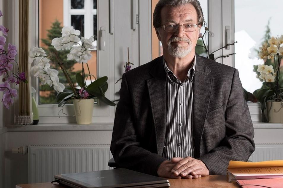 """""""Du sollst Deinen Nächsten lieben."""" Das ist auch das Credo von Gerd Lehmann. Seit 20 Jahren leitet der 64-Jährige als geschäftsführender Vorstand die Diakonie Bautzen – heute ein Unternehmen mit 270 Mitarbeitern."""