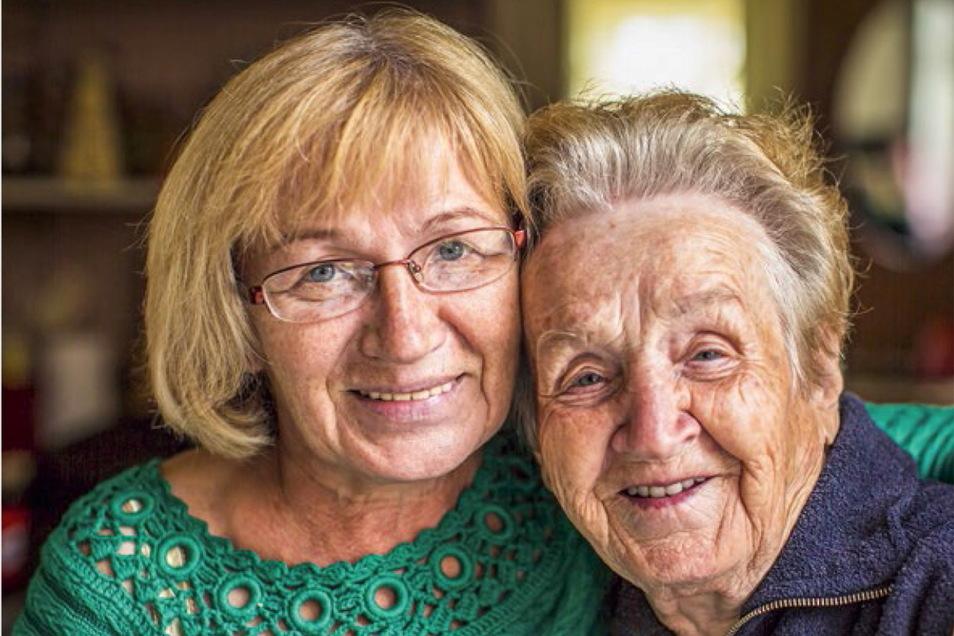 Wer nicht nur an sich denken und älteren Menschen im Umfeld das Leben erleichtern möchte, kann sich als Alltagsbegleiter oder Nachbarschaftshelfer engagieren. Informationen und Anleitung dazu gibt es in Leisnig beim Verein Lebenszeit.