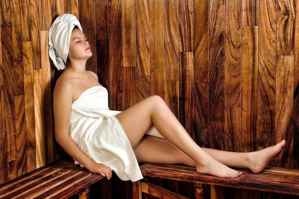 """Wenn der Körper innerlich entschlackt ist, gehören auch Saunagänge zum """"Frühjahrsputz""""."""