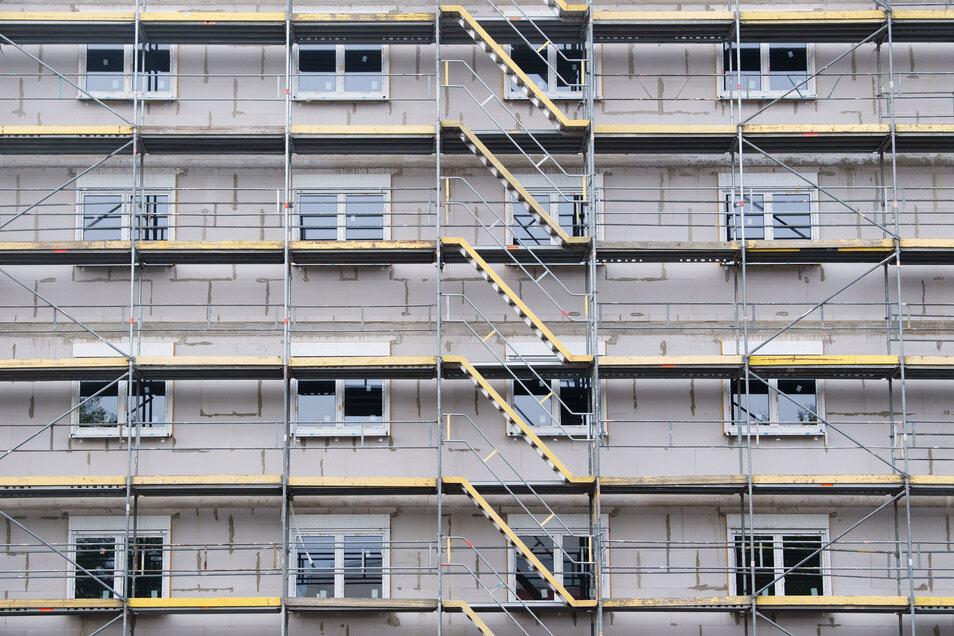 In Leipzig und Dresden wurden in den vergangenen drei Jahren Tausende Wohnungen fertig, aber der  Bedarf bei Weitem nicht gedeckt.