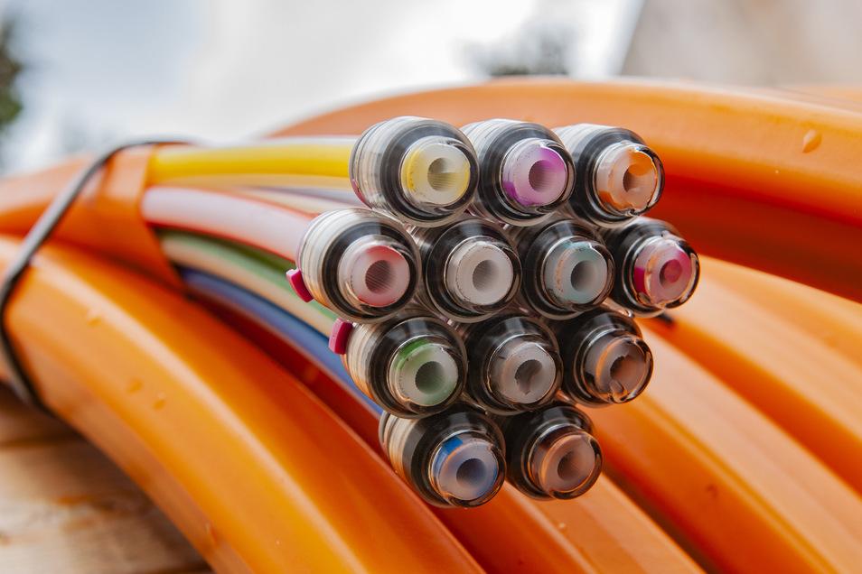 Breitbandkabel für schnelles und stabiles Internet.