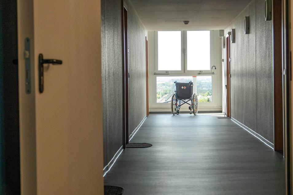 Weil viele Hausbewohner Gehhilfen oder Rollstühle benötigen...