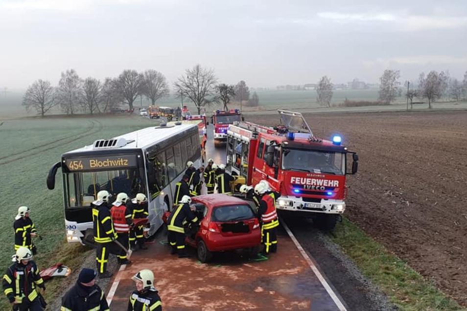 Feuerwehr und Rettungswagen waren schnell vor Ort.