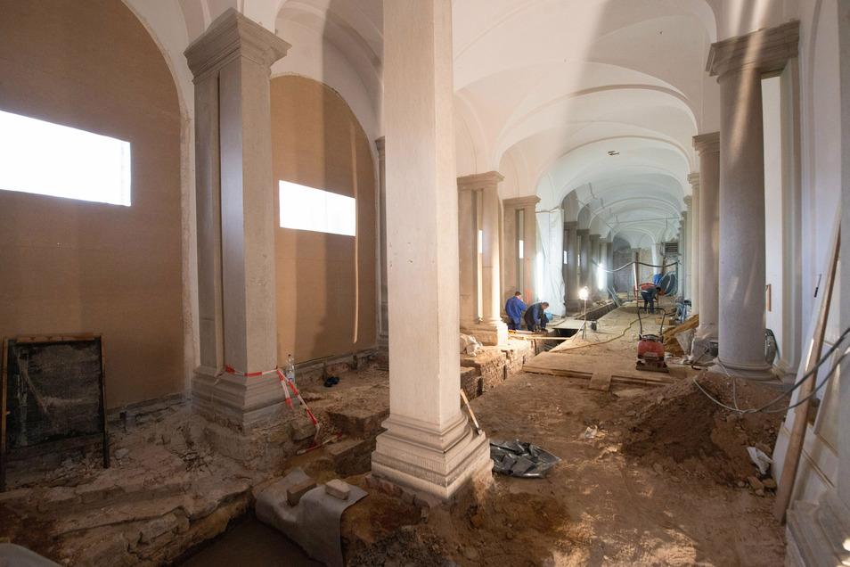 So sah die Bogengalerie L noch Anfang dieses Jahres aus. Mittlerweile sind dort bereits neue Fenster eingebaut worden.