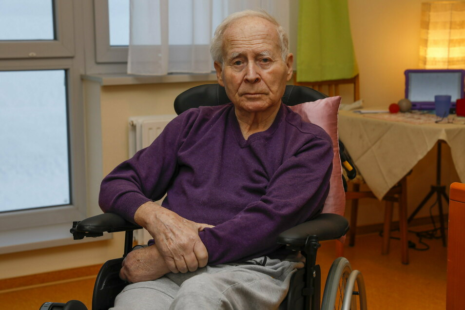 Reiner Hummel hat sechs lange Wochen in Quarantäne in seinem Zimmer im Pflegeheim verbracht.