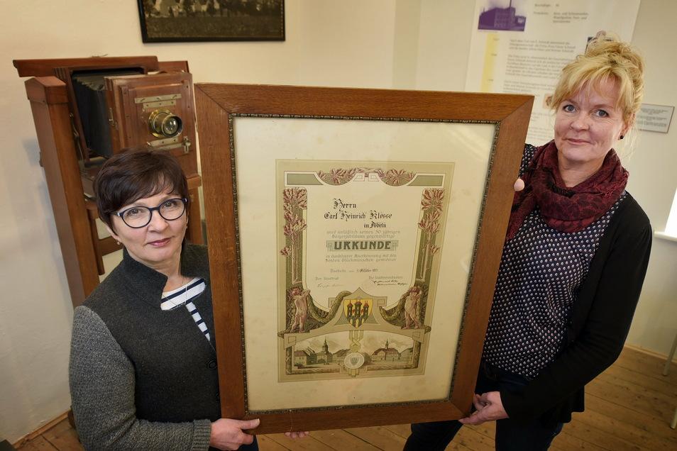 Larissa Batt (links) und Kathrin Fuchs können zurzeit keine Gäste im Stadtmuseum empfangen. Aber es gibt eine Alternative.