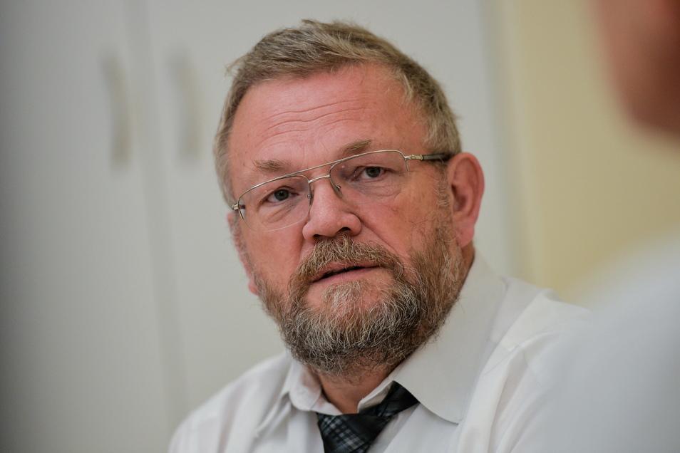 60 Jahre lang anders gefeiert als in diesem Jahr hat Reiner Rogowski. Als Geschäftsführer der Oberlausitz-Kliniken bleibt er in Rufbereitschaft.
