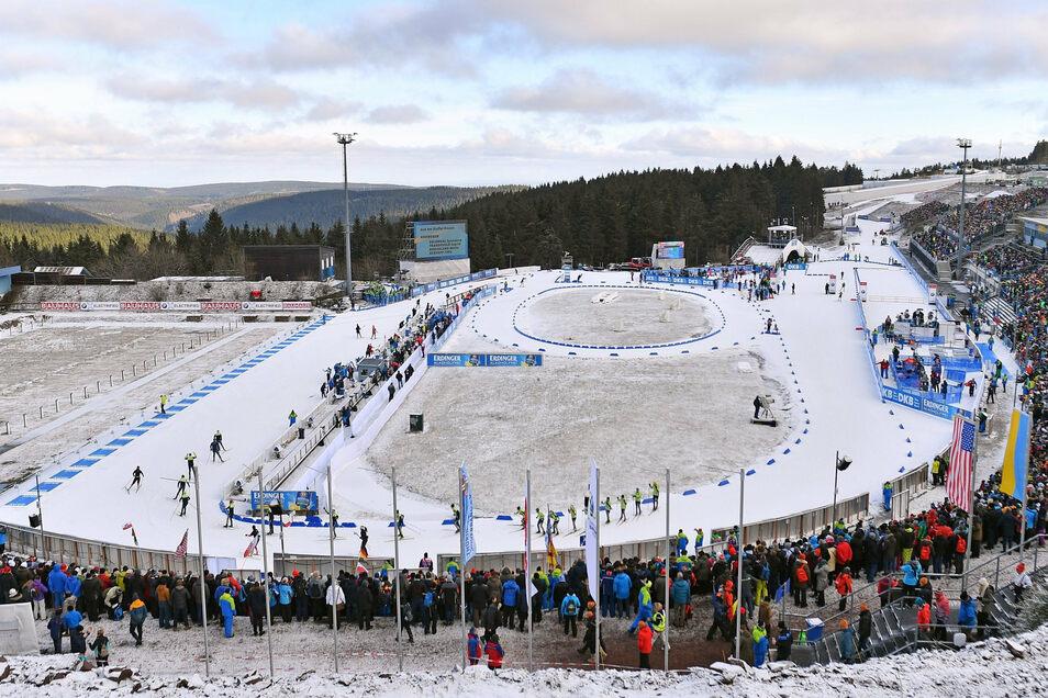So voll wird es bei den beiden Biathlon-Weltcups in Oberhof im Januar auf keinen Fall werden. Die Veranstalter hoffen auf 10.000 Zuschauer pro Tag.