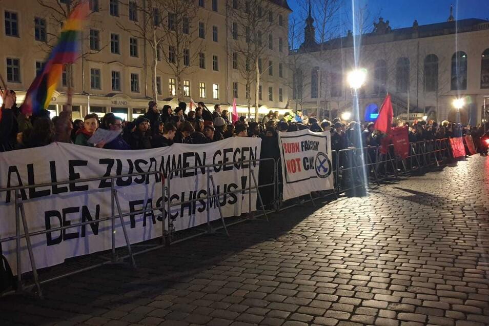 Der Protest gegen Pegida wird größer und lauter.