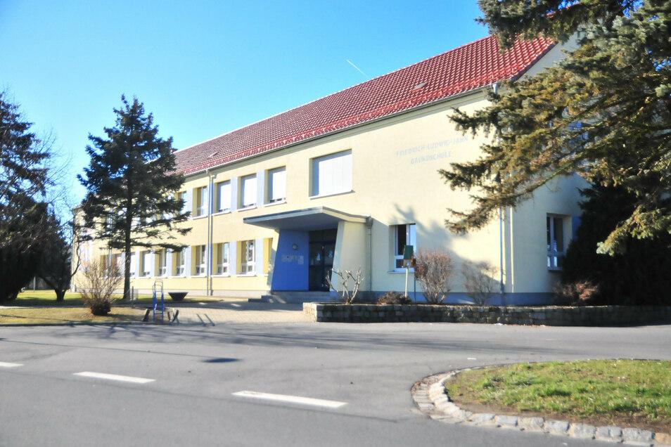 An der Grundschule Ponickau entsteht ab diesem Jahr ein Kindercampus.