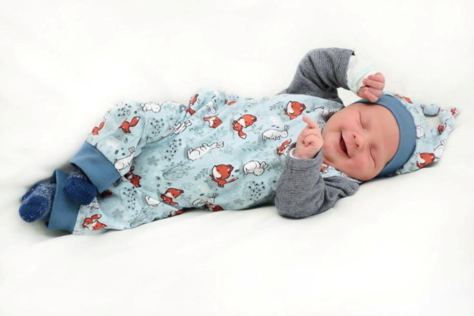 Moritz, geboren am 2. März, Geburtsort: Ebersbach-Neugersdorf, Gewicht: 3.595 Gramm, Größe: 52 Zentimeter, Eltern: Katja und Marco Schwalbe, Wohnort: Lawalde
