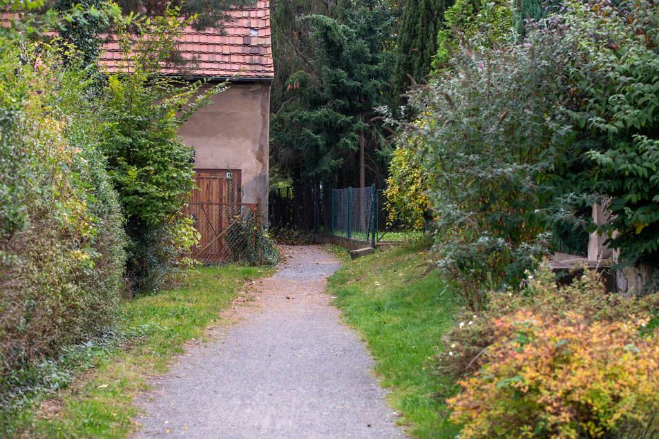 Die im Volksmund als Bäckerweg bezeichnete Verbindung in Großsedlitz bekommt jetzt eine neue Bedeutung.