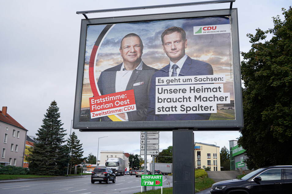 Das fehlerhafte Wahlplakat der CDU in Bautzen soll ausgetauscht werden, zumindest der Teil links unten. Denn zu sehen ist Roland Ermer und nicht Florian Oest.