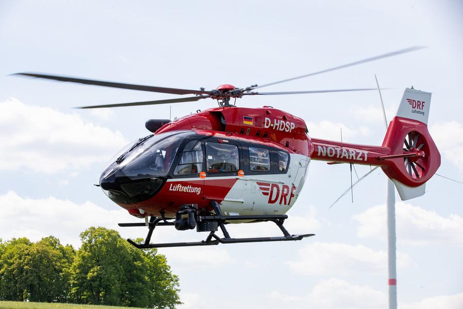 """Gegen Mittag wurde der Bautzener Rettungshubschrauber """"Christoph 62"""" zu einem Fahrradunfall nach Spittwitz gerufen."""