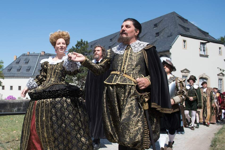 Zeitreise ins 17. Jahrhundert auf Burg Königstein.