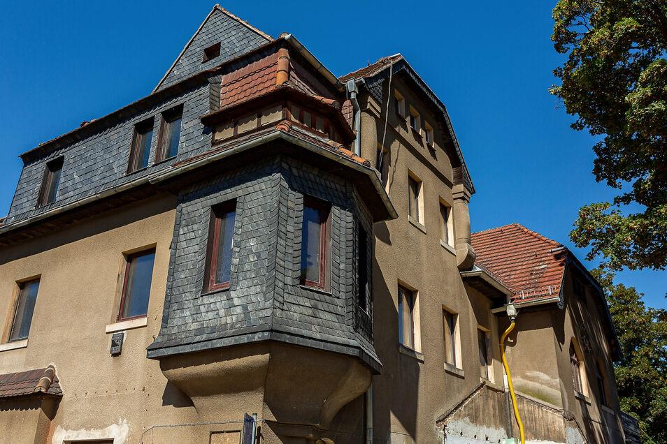 Die Stadt Freital hat sich entschlossen, das BC zu kaufen und zu sanieren. Jetzt soll der Bau gestoppt werden.