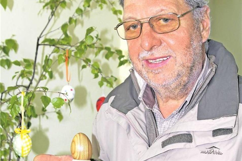 3.Platz: Das Holz-Ei Schlicht, aber edel sind die Holzeier von Wolfgang Henkel aus Markersdorf. Er hat uns je zwei Eier und zwei Eierbecher gedrechselt. Fotos: Daniela Pfeiffer (3)