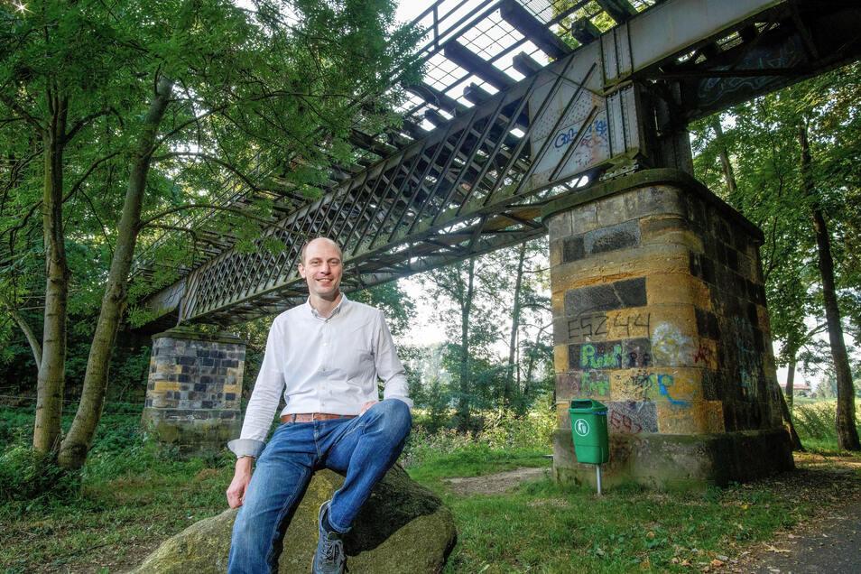 Großpostwitz' Bürgermeister Markus Michauk ist zuversichtlich, dass der Lückenschluss auf dem Bahnradweg in den kommenden Jahren umgesetzt werden kann. Bestandteil des Vorhabens ist die Instandsetzung der Klimperbrücke.