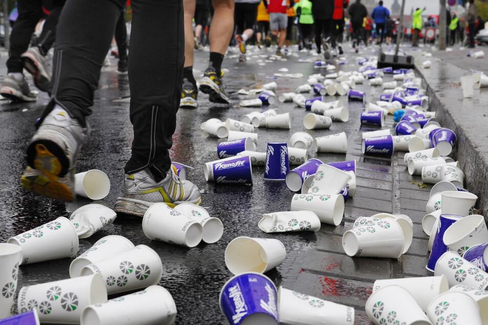 Leere Becher, fehlende Perspektive: Auch die Laufveranstalter sind von der Pandemie hart getroffen.