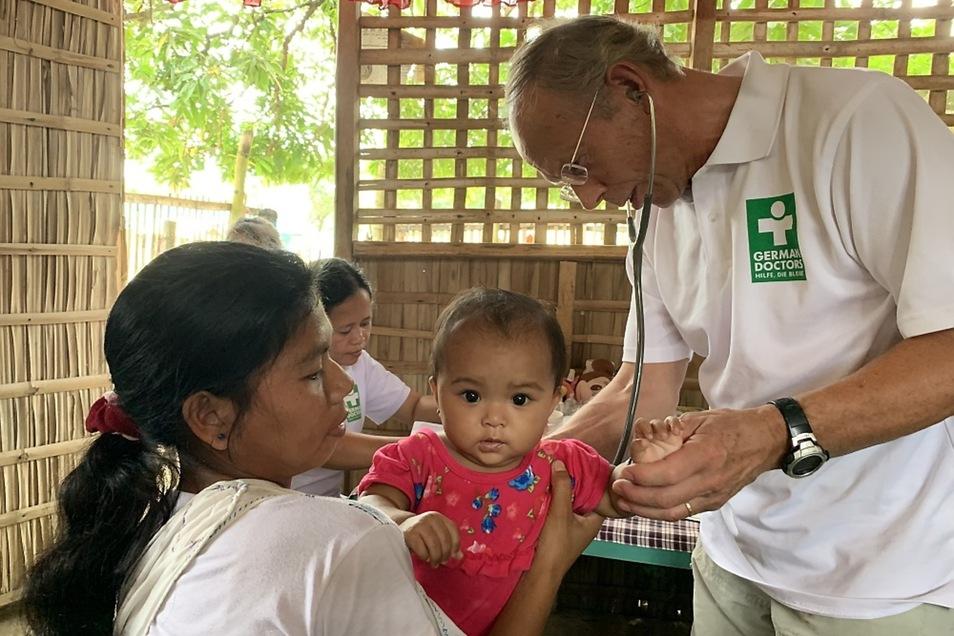 """Mindoro auf den Philippinen wird von der Organisation German Doctors auch """"Insel der Not"""" genannt."""