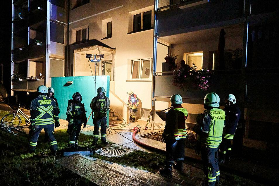 Im gleichen Mehrfamilienhaus wie vor zwei Wochen auf der Rosa-Luxemburg-Straße hat es am Sonnabend erneut gebrannt.
