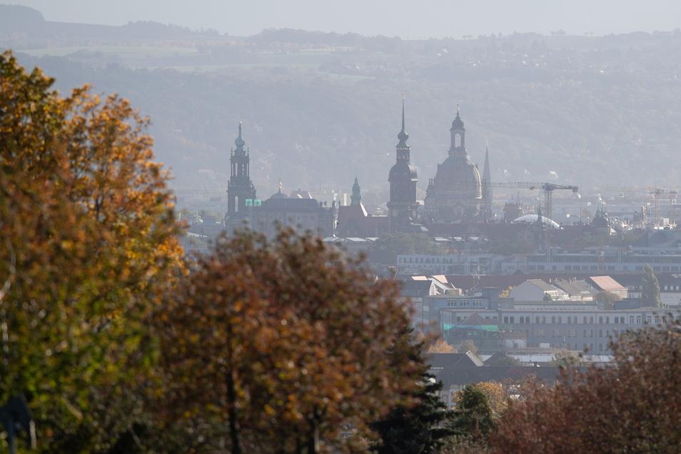 Die Zahl der Corona-Fälle in Dresden steigt rasant.