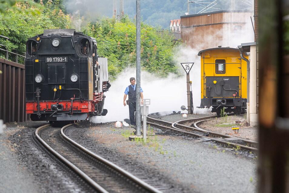 Bahnhof Hainsberg: Die Interessengemeinschaft betreibt hier einen Serviceschalter und gibt Einblick in die Historie der Bahn.