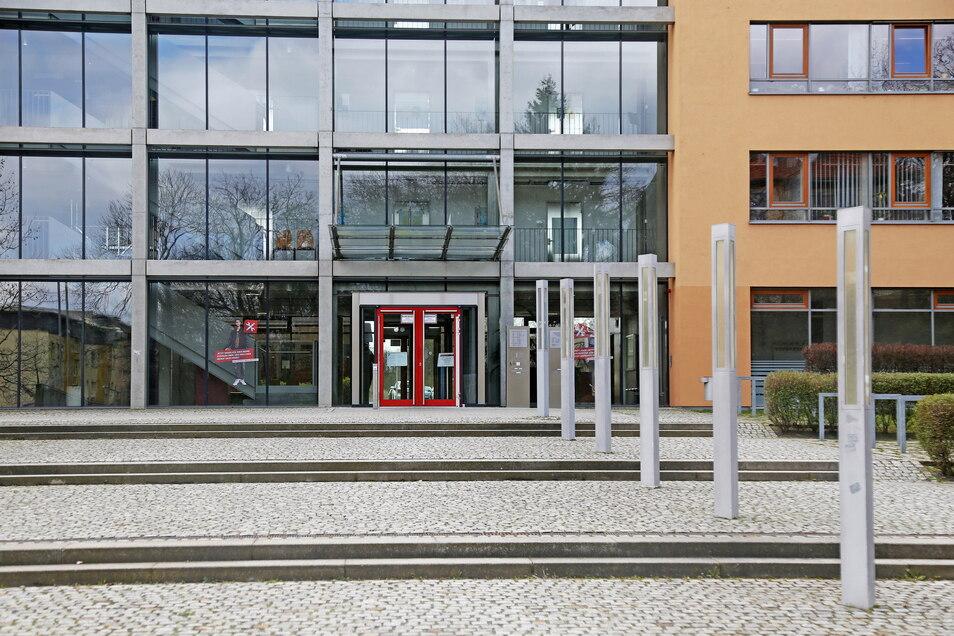 Die Arbeitsagentur an der Riesaer Breitscheidstraße ist nun auch wieder für persönliche Besuche geöffnet.