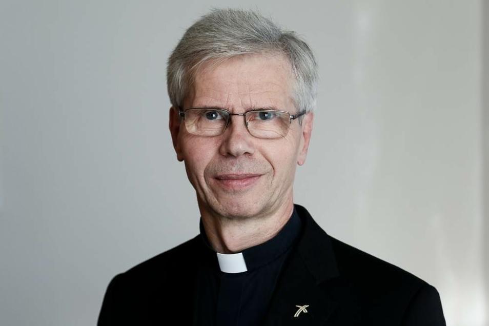 Auch der katholische Generalvikar von Görlitz, Dr. Alfred Hoffmann, steckte sich wie der Görlitzer Bischof, Wolfgang Ipolt, mit dem Virus an. Wo und wann genau, das wissen beide bis heute nicht.