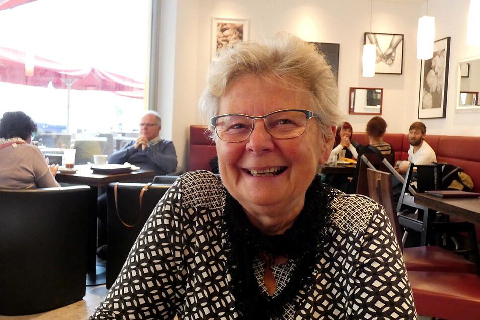 Ihren Ruhestand genießt Angelika Meischner auf vielen Reisen und steht doch immer als Helfer zur Seite.