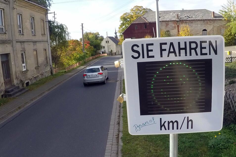 Bei den Geschwindigkeitsmessungen im September und Oktober in Gleisberg haben sich die meisten Kraftfahrer an die 50 Stundenkilometer im Ort gehalten.