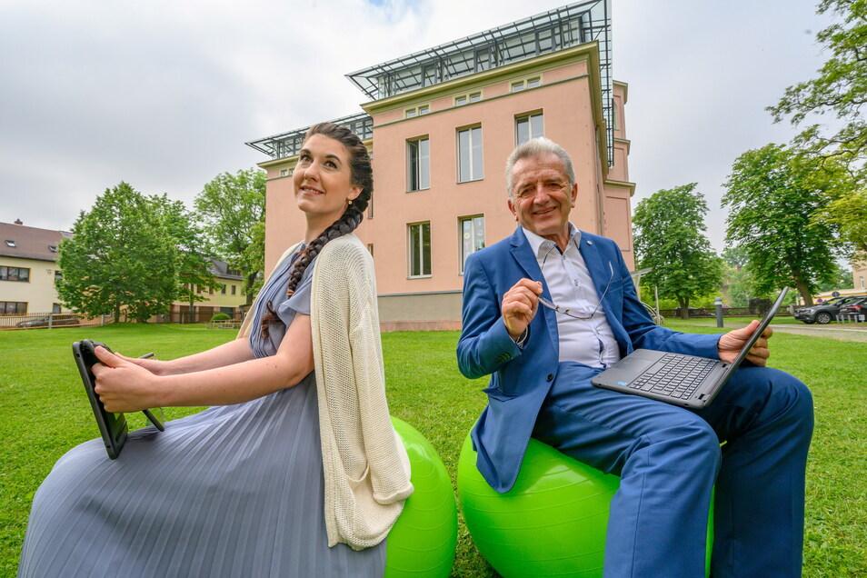 Saxony International School - Carl Hahn gemeinnützige GmbH in Glauchau. Geschäftsführer sind Rüdiger School und Melissa Blankenship-Küttner