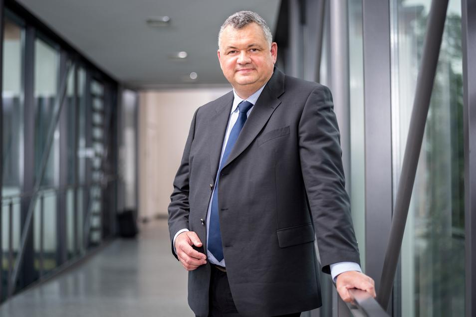 Professor Sebastian M. Schmidt ist der neue wissenschaftliche Vorstand vom Helmholtz-Zentrum Dresden-Rossendorf.