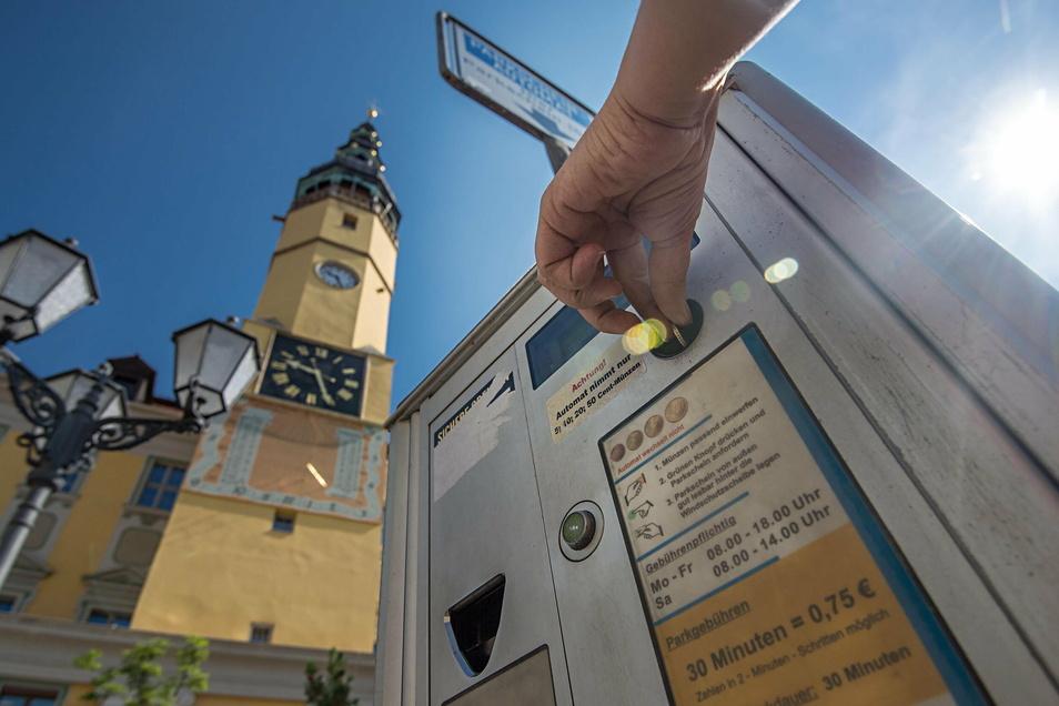 Den Parkautomaten füttern müssen Autofahrer in Bautzen auch in der Vorweihnachtszeit. Das ist das Ergebnis der jüngsten Stadtratssitzung.