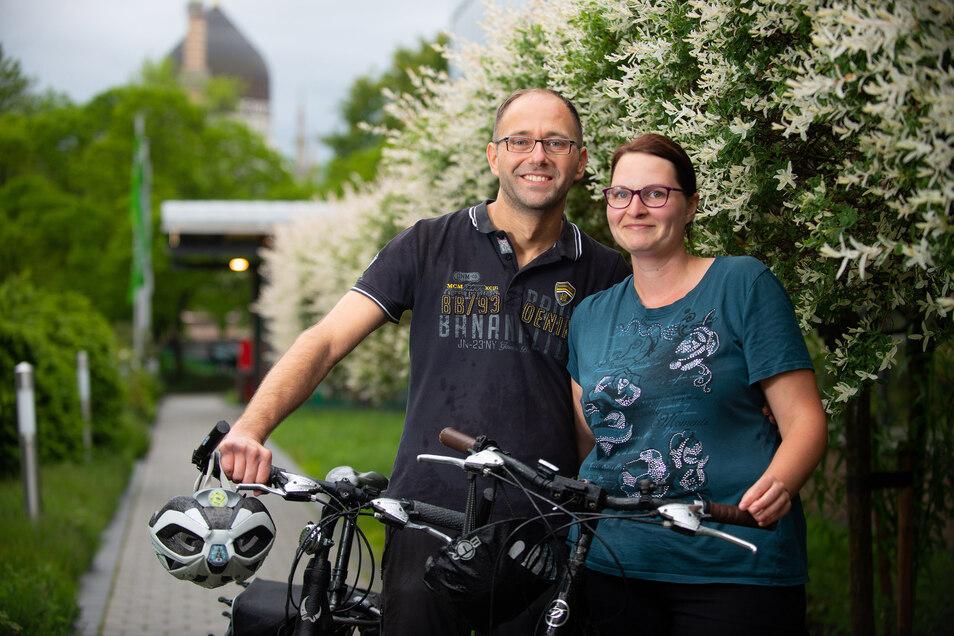 Eigentlich wollten sie nur zusammen Fahrrad fahren. Inzwischen sind Martin Göhler und Marie Runge ein Liebespaar und wollen zusammenziehen.