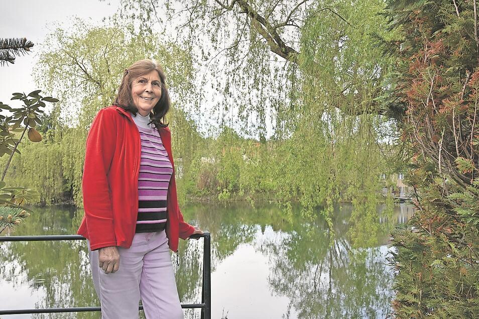 """Ingeborg Kube, die """"erste Kraftwerkerin"""" erinnert sich gern an die Zeit in Boxberg, das vor genau fünfzig Jahren das erste Mal ans Netz ging."""