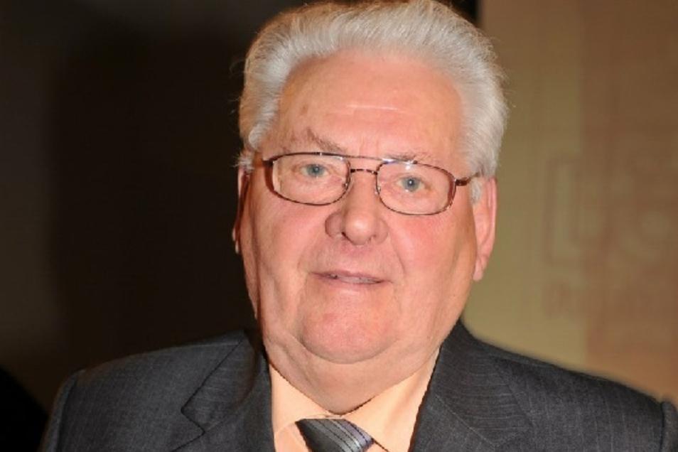 2013 erhielt Helmut Hanske für seine Verdienste um den Kleingartenbau den Ehrenpreis der Stadt Löbau.