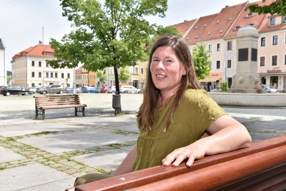 Hier unter den Linden am Dippser Markt starten die neuen kulinarischen Führungen der Gästeführerin Anja Graul.