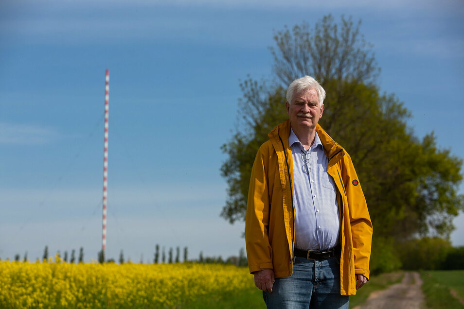 Wolfgang Lill aus Pirna unterstützt die Wilsdruffer im Kampf um ihr Wahrzeichen, die Riesenantenne auf der Birkenhainer Höhe.