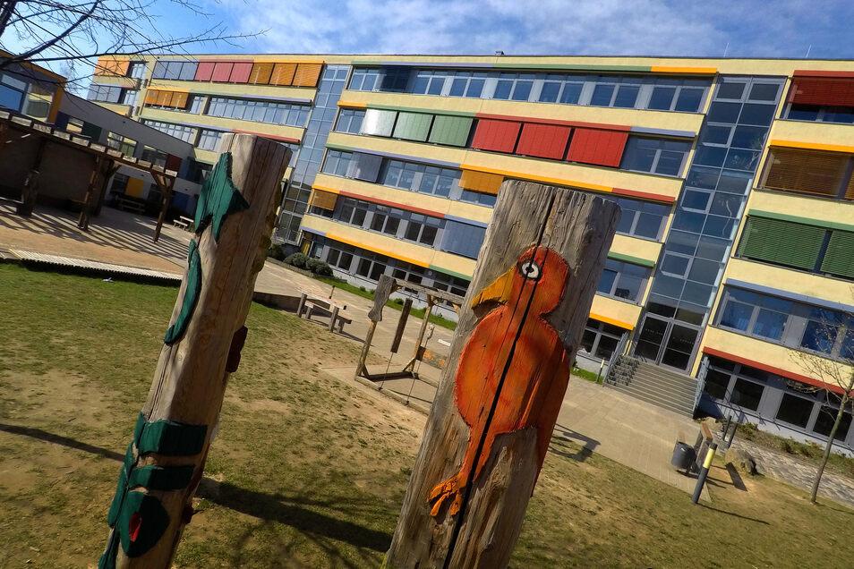 Ist die Oberschule am Holländer zu klein? Nein, sagt die Stadtverwaltung. Die Kapazität der dreizügigen Schule ist zwar ausgereizt, aber für einen dauerhaften vierten Zug gibt es keinen Bedarf.
