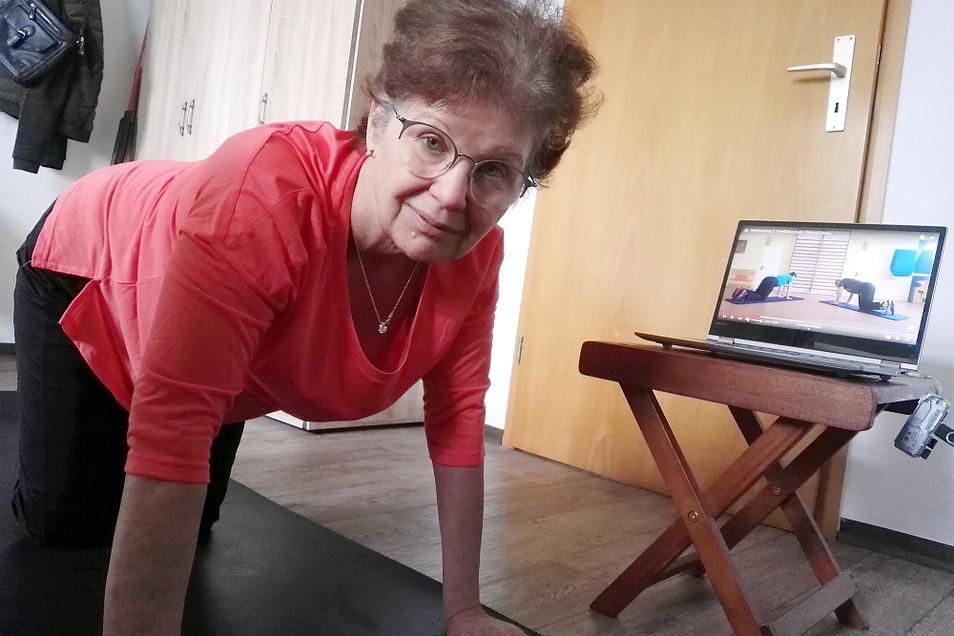 Manuela Stolle trainiert zu Hause. Notbehelf – aber besser als nichts.