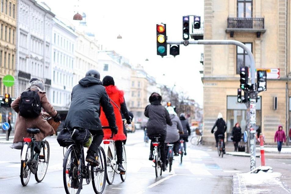 Radfahrer in Kopenhagen: Die dänische Hauptstadt gibt 35,60 Euro pro Kopf und Jahr für den Radverkehr aus.