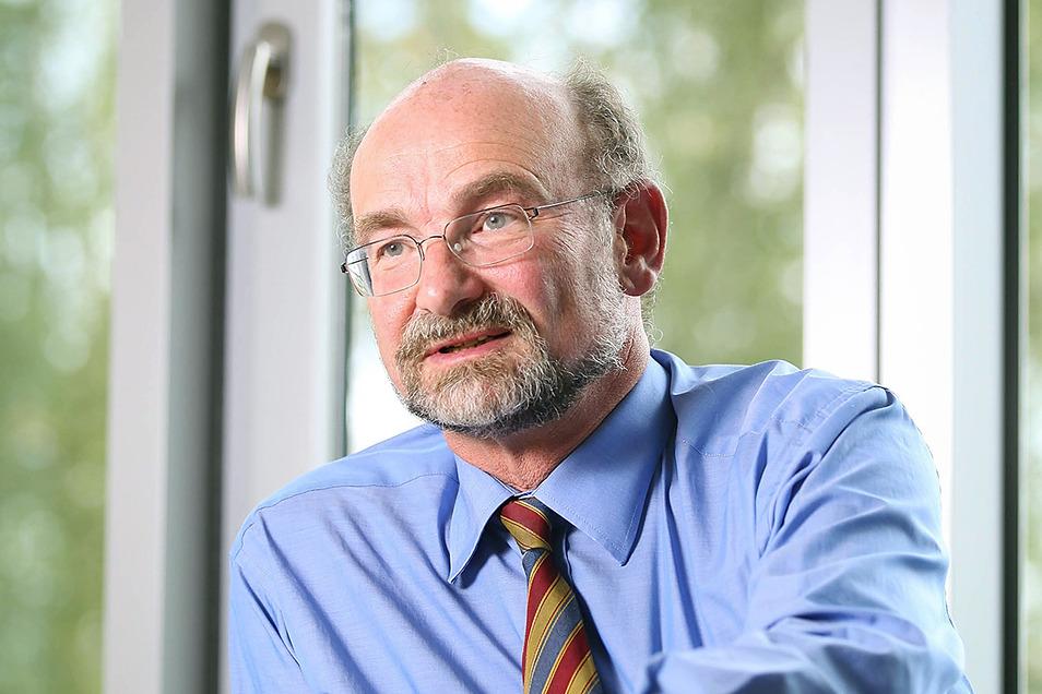 Roland Sauerbrey, war viele Jahre Wissenschaftlicher Direktor des Helmholtz-Zentrums Dresden-Rossendorf (HZDR) bei einem Interview 2014.