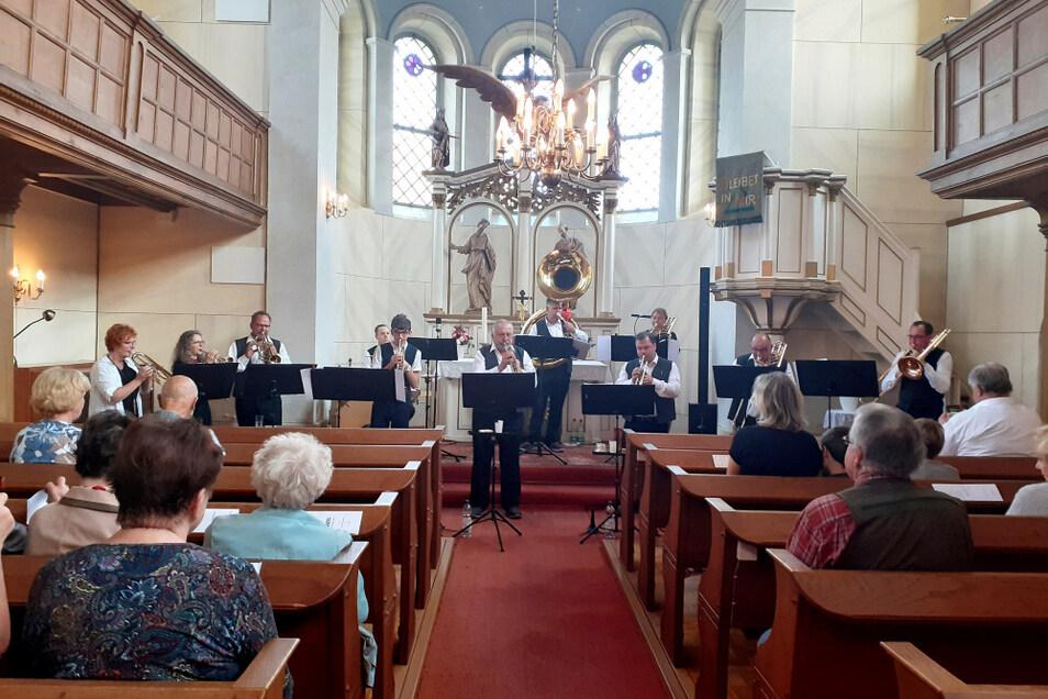 Das lokale Ensemble Kummelbrass spielte vergangenes Wochenende in der Marienkirche Schwarzkollm.
