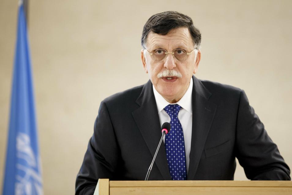 Fajis al-Sarradsch, Ministerpräsident der libyschen Übergangsregierung Government of National Accord. Die international anerkannte Regierung Libyens hat einen sofortigen Waffenstillstand für das Bürgerkriegsland ausgerufen.