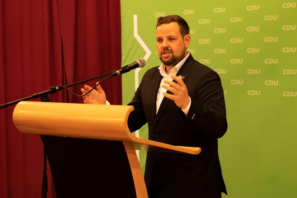 """Sebastian Fischer (CDU): Ortsumfahrungen wären seine """"allererste Priorität"""" als Bundestagsmitglied."""