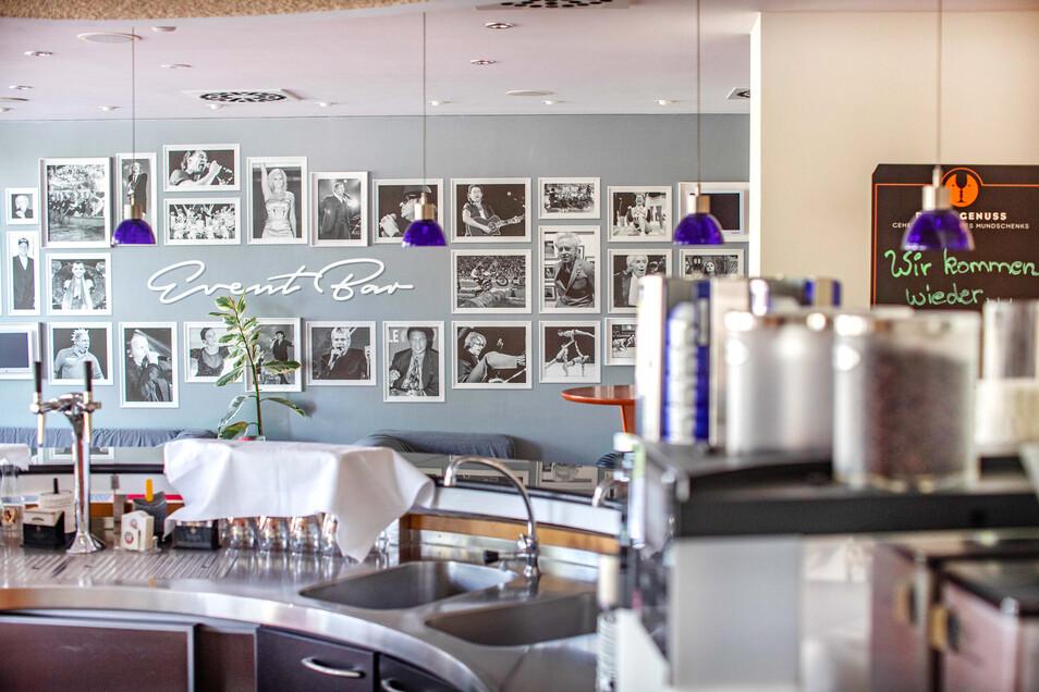 Die Hotelbar bleibt zu - nicht nur im Mercure in Riesa. Auch von Buffets sehen die Hotelbetreiber ab - die Meisten bieten aber Alternativen an.