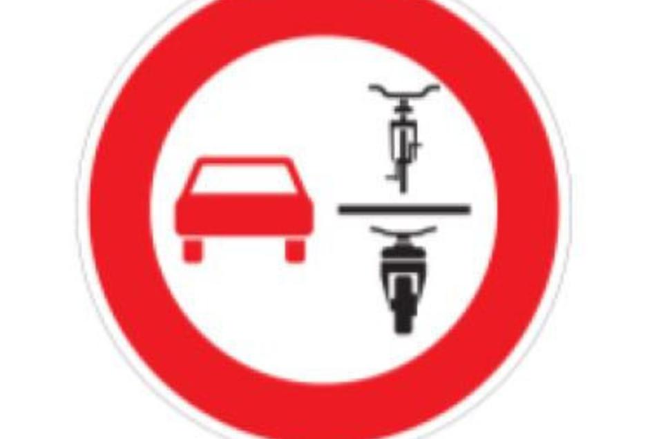 Neues Verkehrsschild: Überholverbot Fahrräder. In Radebeul gibt es Pläne, das Schild an der Pestalozzistraße aufzustellen.